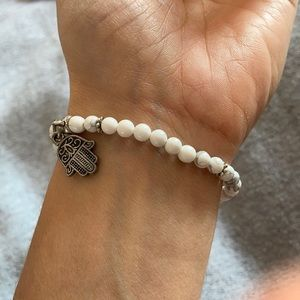 Jewelry - Howlite and hamsa bracelet